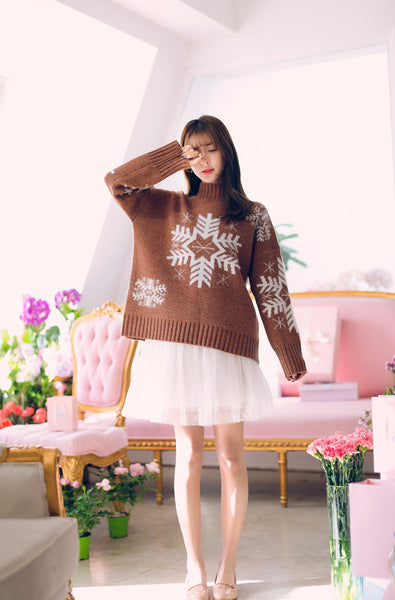 Asian Fashion - Snowflake graphic sweater - AddOneClothing