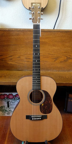 GTR ACOUSTIC Martin 000-16GT w/case Consignment