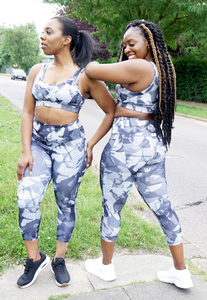 Womens - CAMO Highwaist Capri Leggings - Bottoms - TWOTHREE