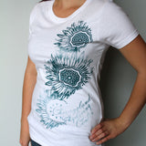 Ladies Medalion Tee