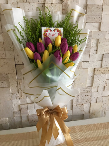 Tulips Hand Bouquet Singapore | Flower bouquet