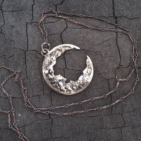 The Sibyl Necklace