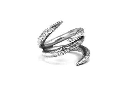 Moonage ring