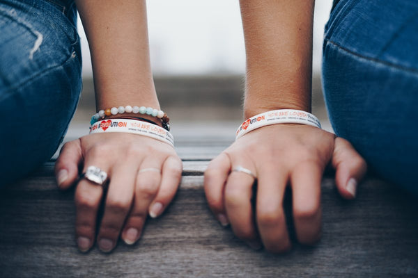 Love On Wristbands – White