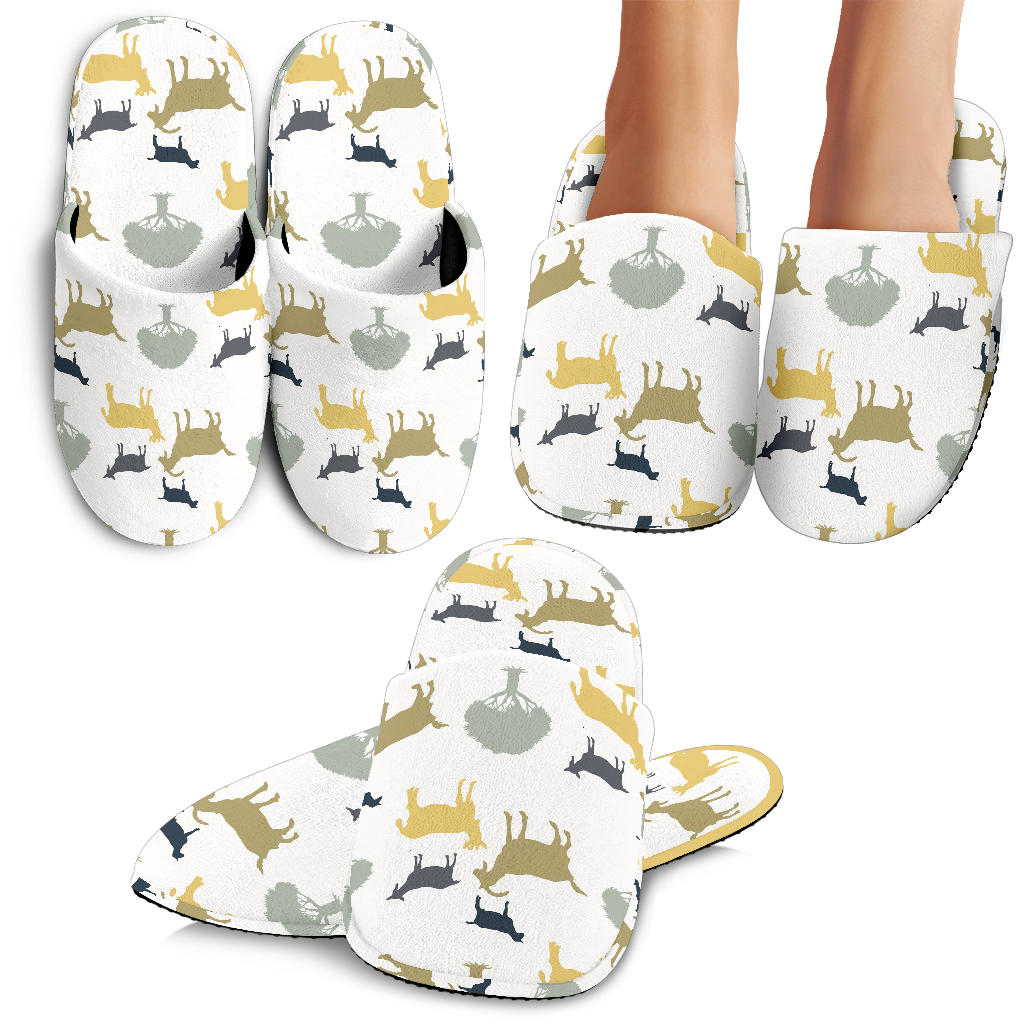 Silhouettes of goat and tree pattern Slippers