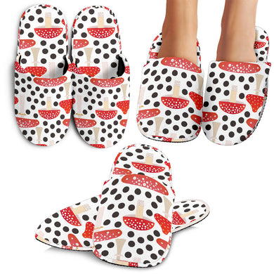 Red Mushroom Dot Pattern Slippers