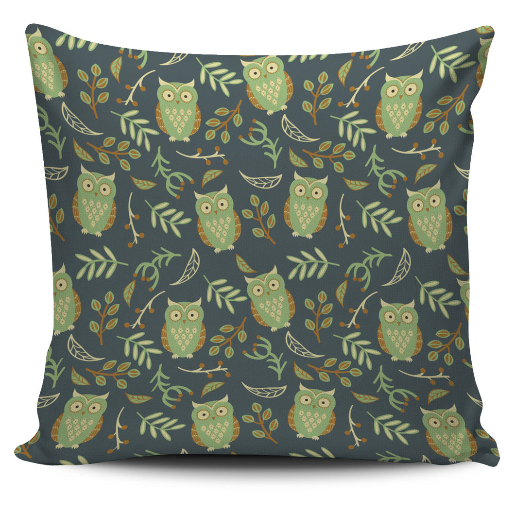 Cute Owls Leaves Pattern Pillow Cover