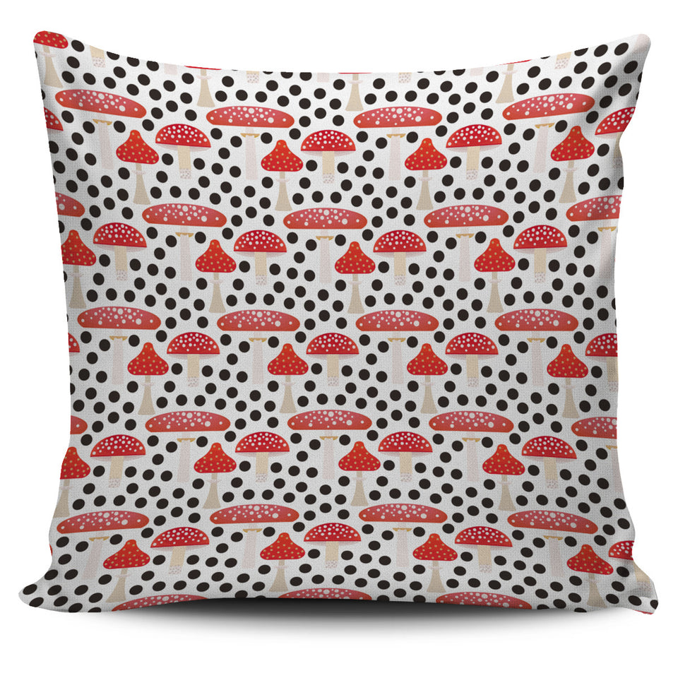 Red mushroom dot pattern Pillow Cover