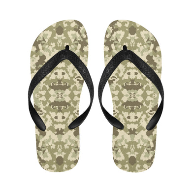 Light Green camouflage pattern Unisex Flip Flops