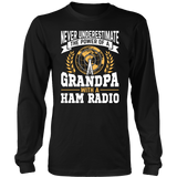 Shirt-Never Underestimate The Power of a Grandpa With a Ham Radio V.2 ccnc001 hr0028