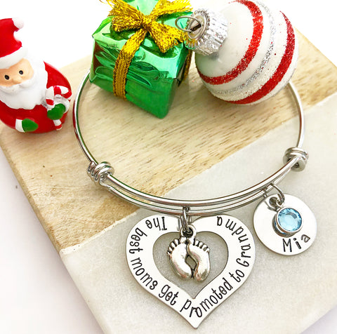 OPEN HEART BANGLE BRACELET