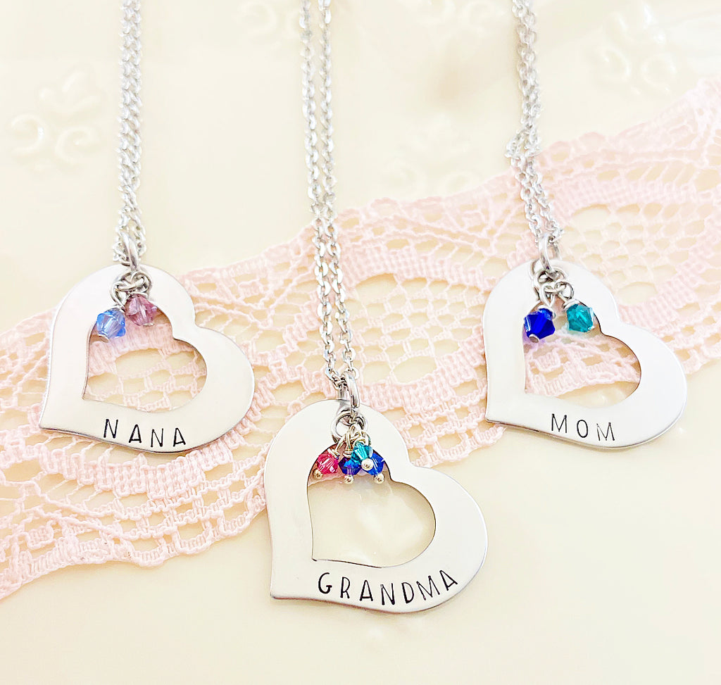 SIDE OPEN HEART NECKLACE