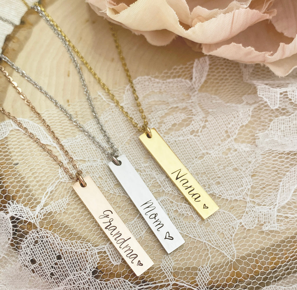 THICK VERTICAL BAR NECKLACE