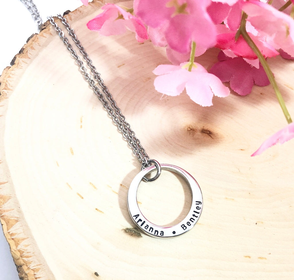 SWEET PEA WASHER NECKLACE