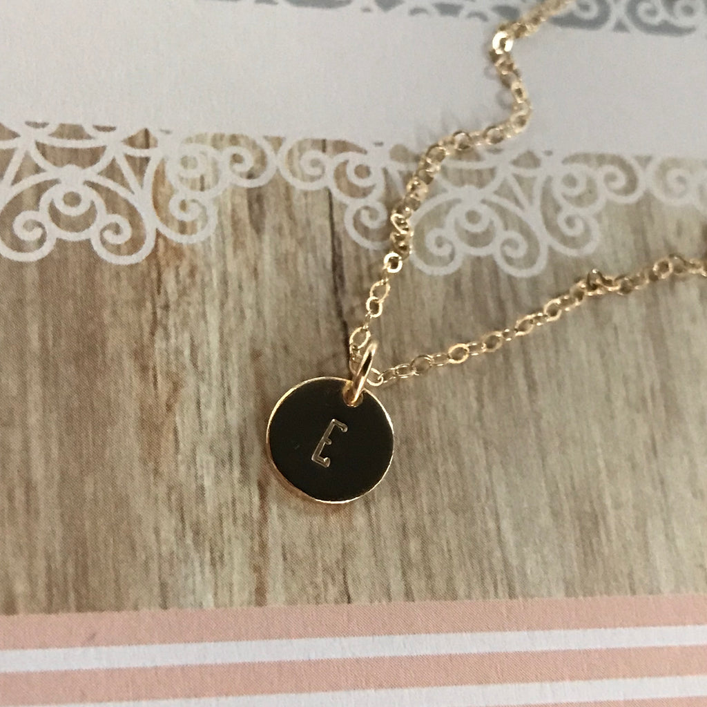 LOYAL DISK NECKLACE