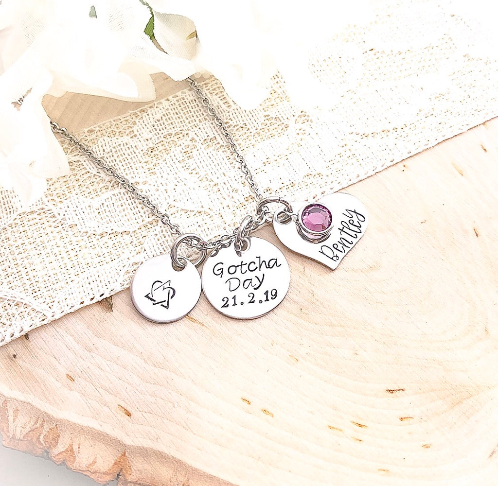 GOTCHA DATE NECKLACE