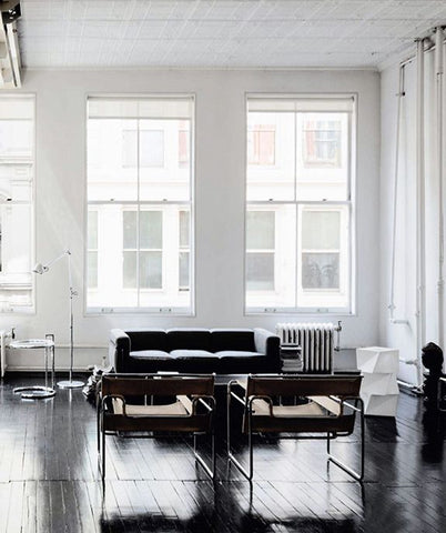 The New York Classy Look with Black and White Interior Designs For Homes