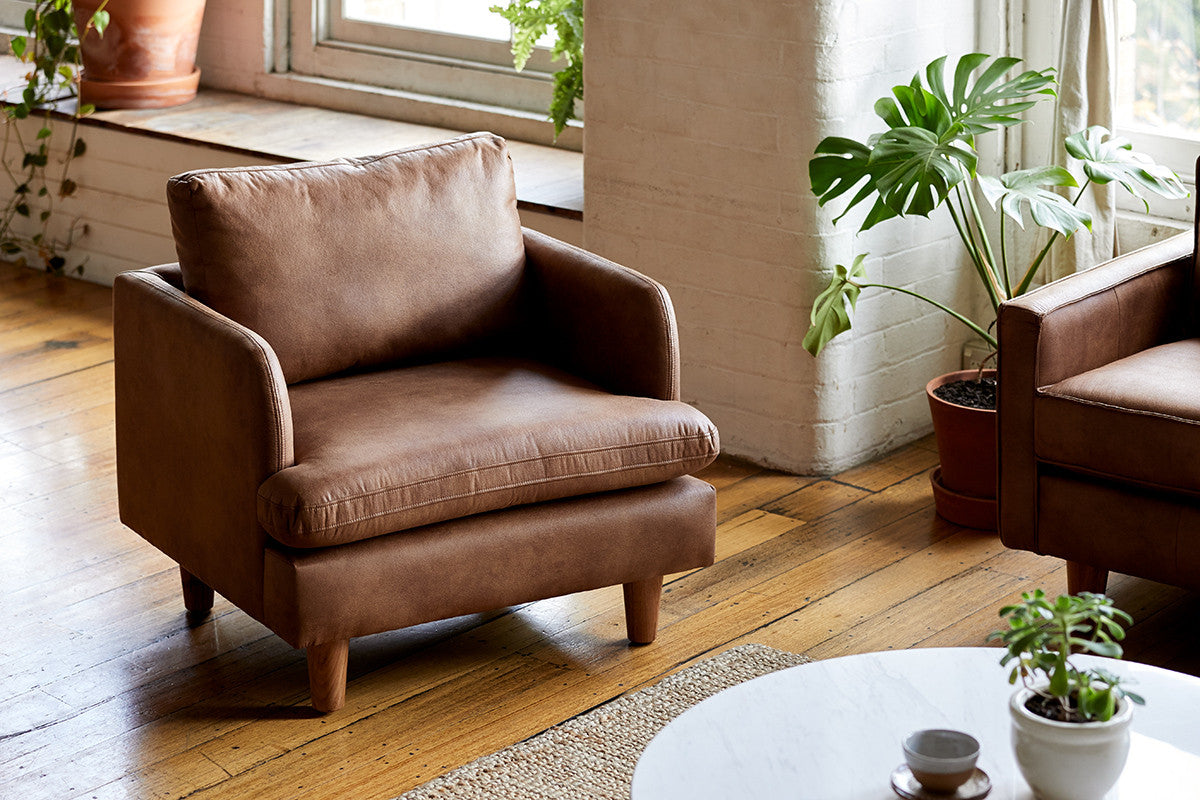 Sturdy Dark Brown or Harness Chester Timber Armchair with Marble Table