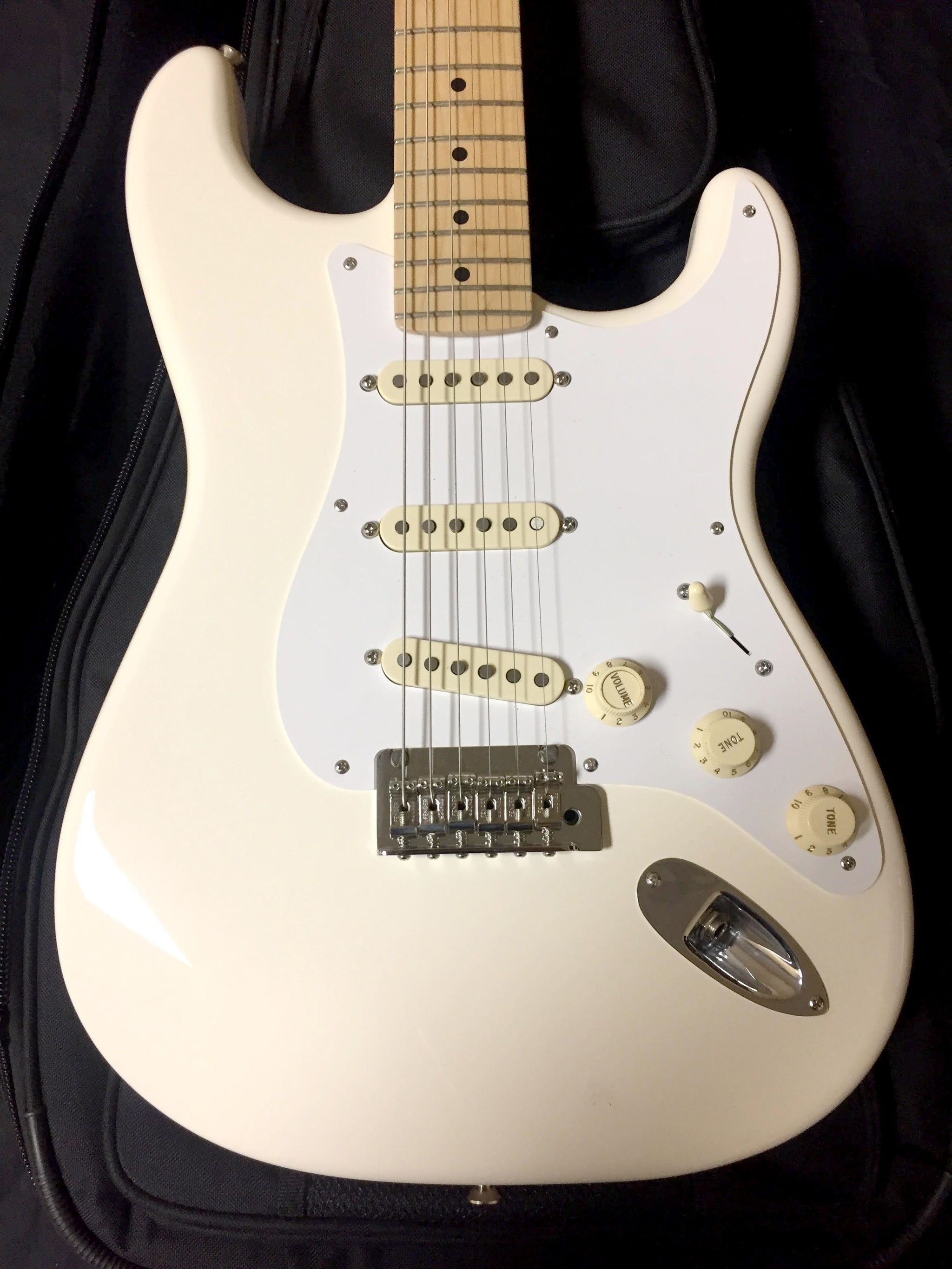 Fender 2014 Stratocaster w/ S1 Switch Olympic White ****SOLD****