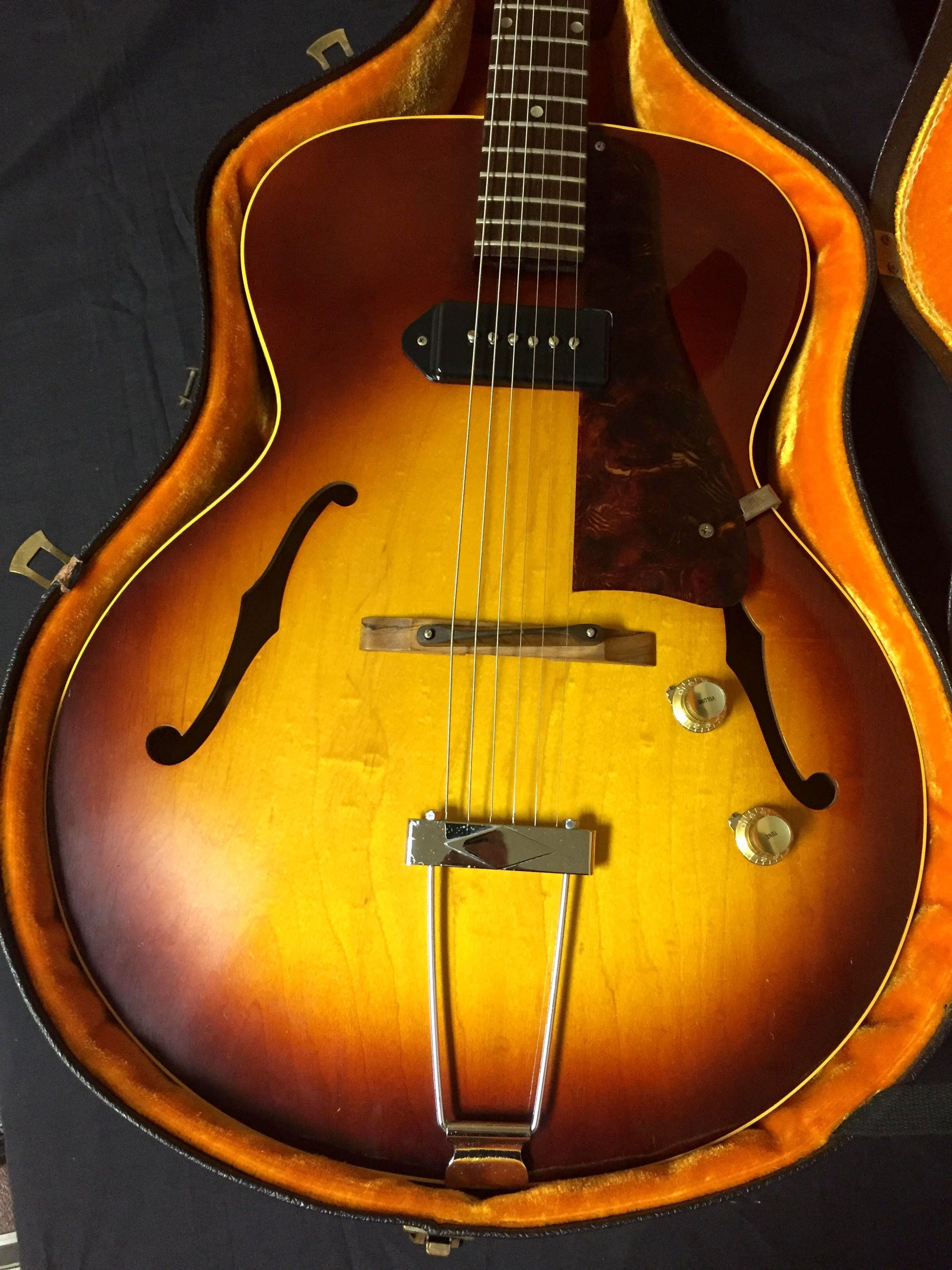Gibson 125T Sunburst ****SOLD****