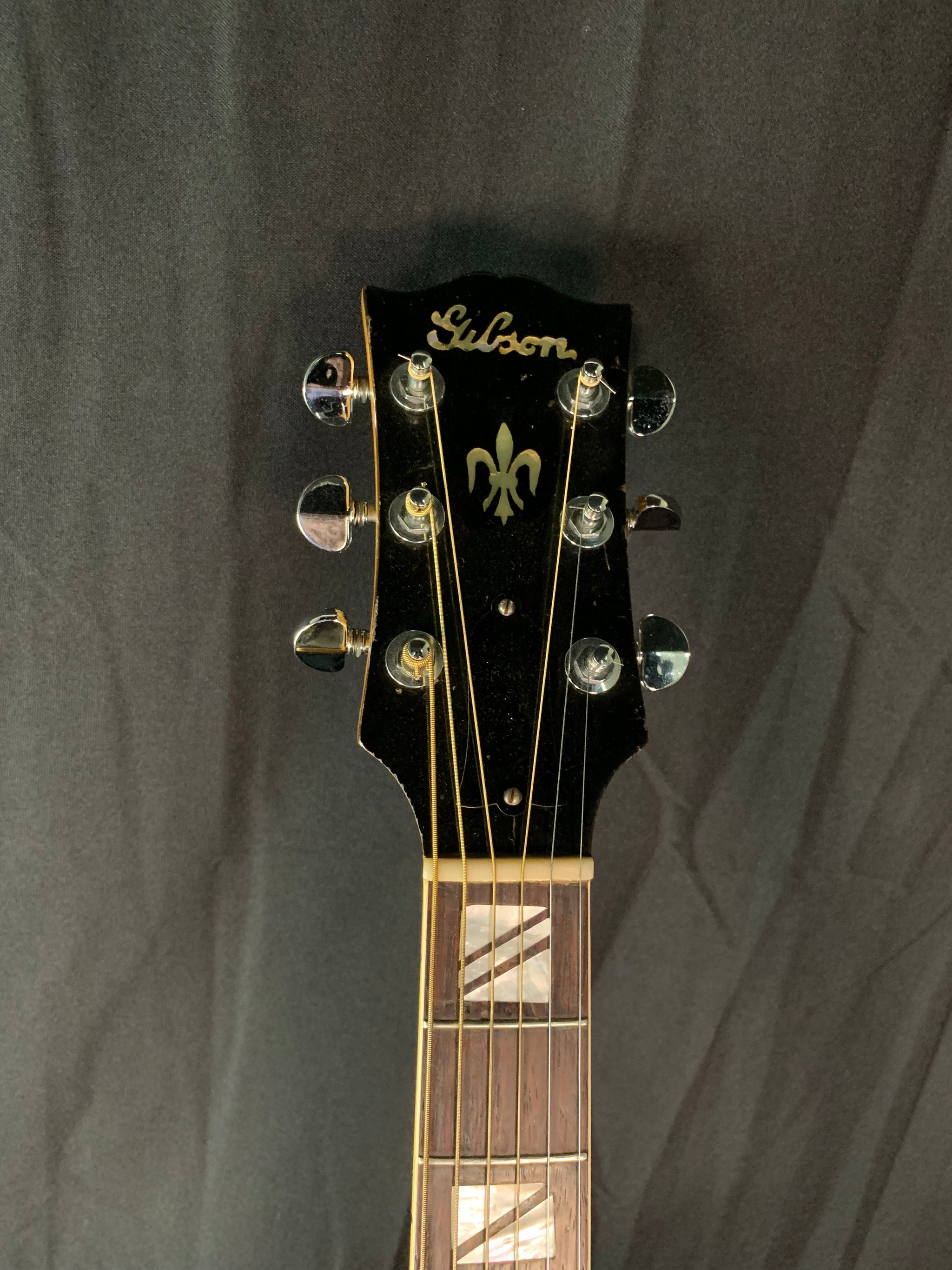 1939 Gibson L4 Natural