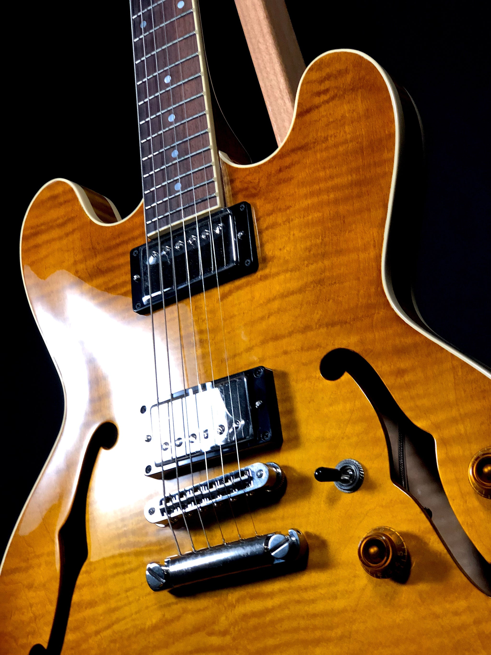 H535 Antique Sunburst
