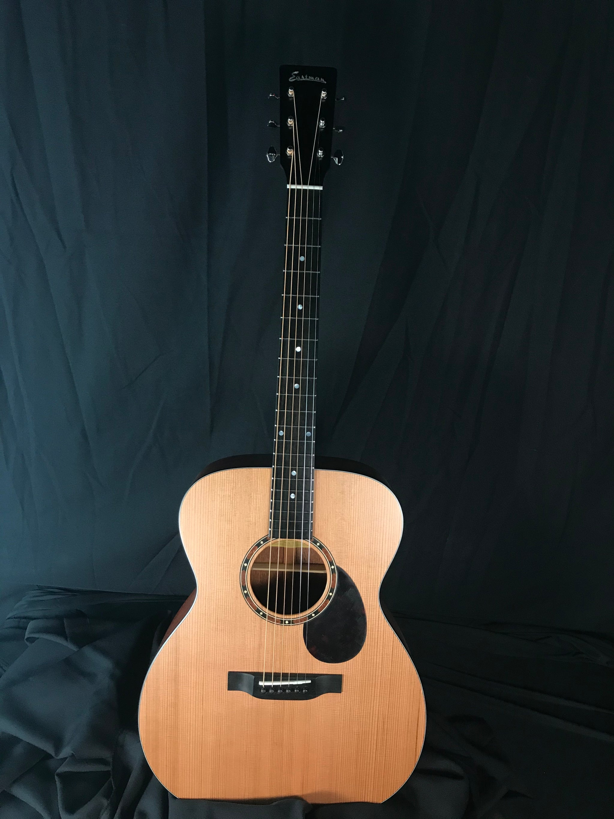**** SOLD **** Eastman E2OM-CD