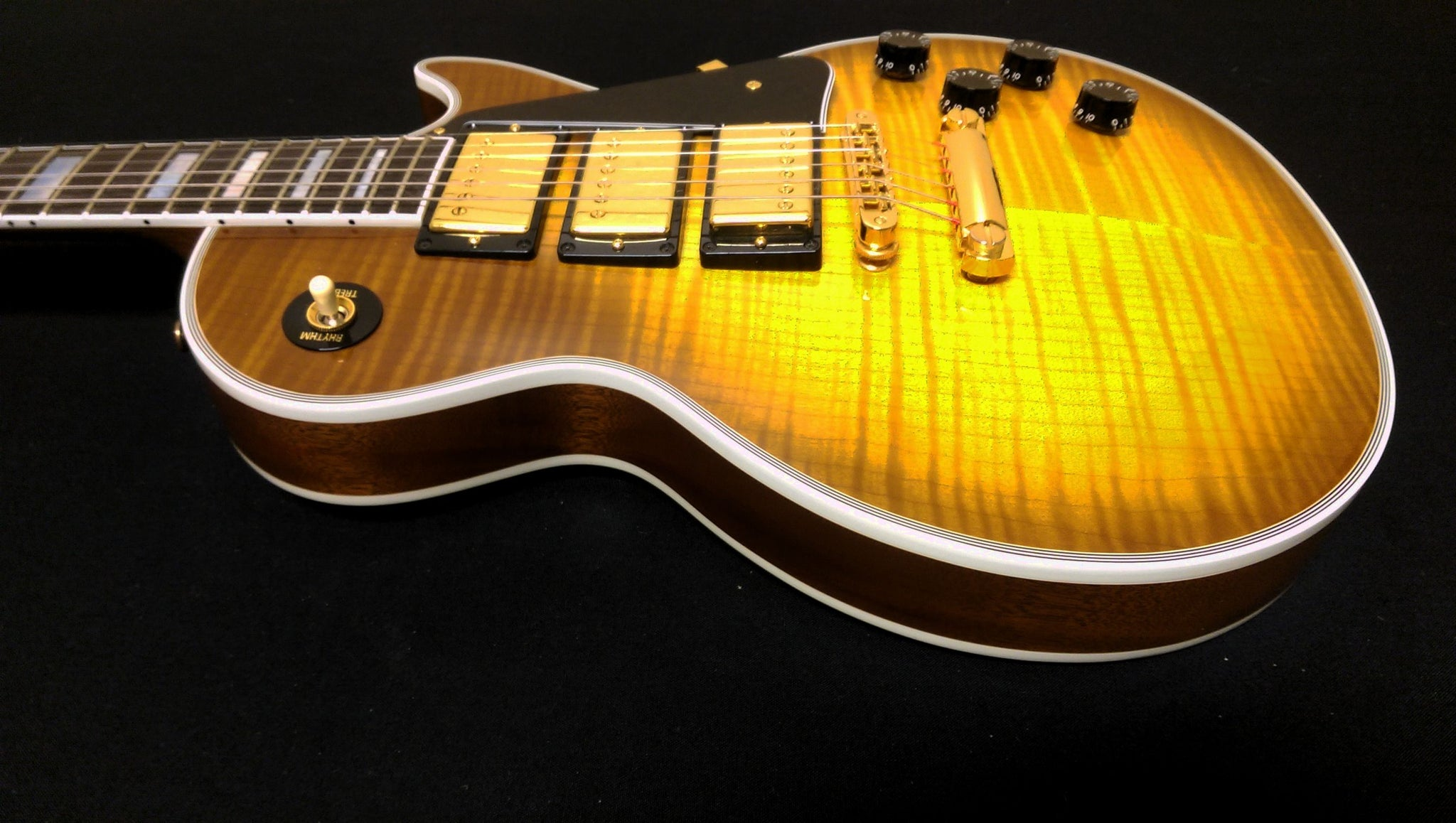 ****SOLD**** Gibson Les Paul Custm 3 Pickup