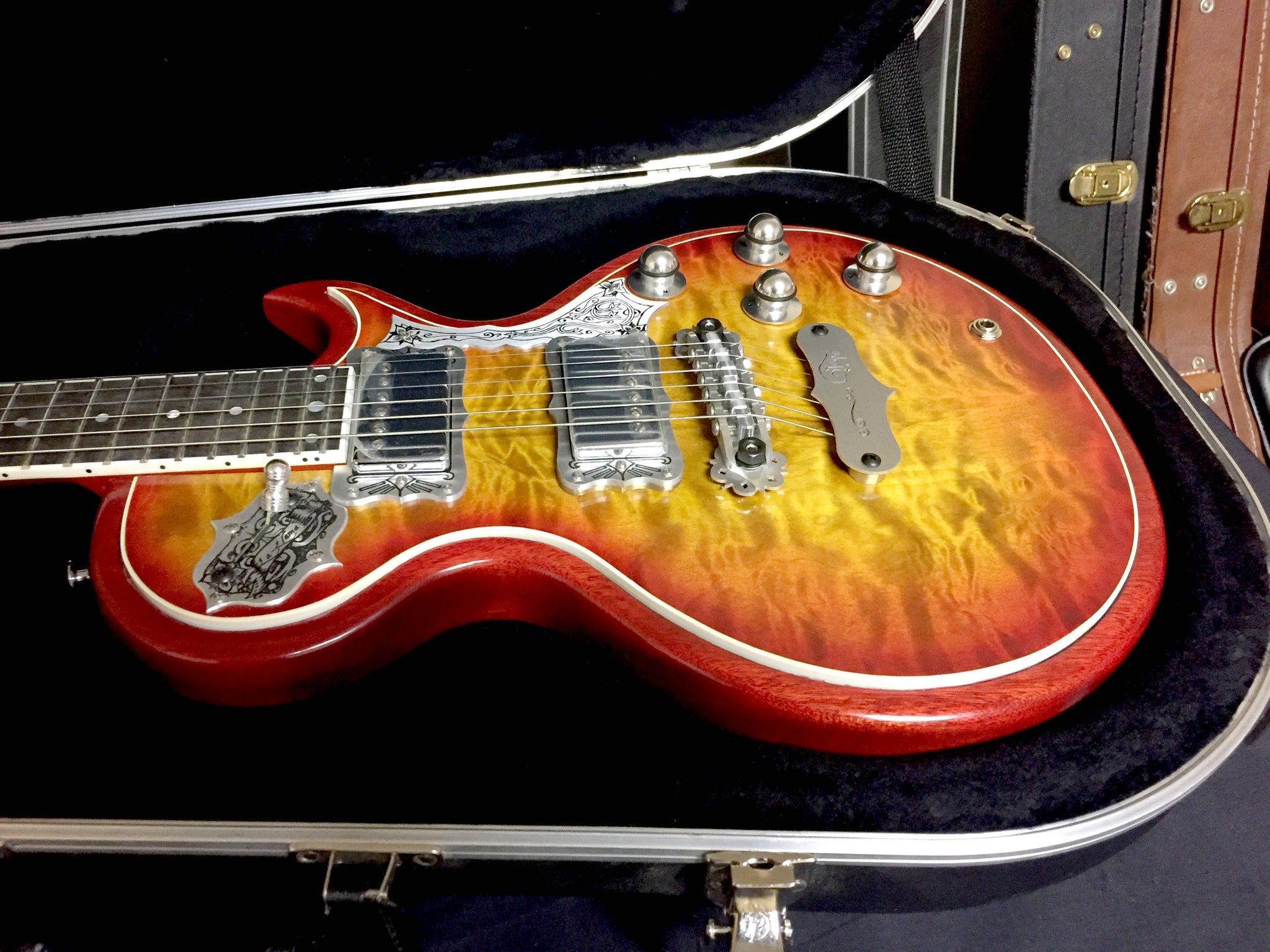 Teye La Llama Maple and Mahogany - Beautiful Sunburst SOLD