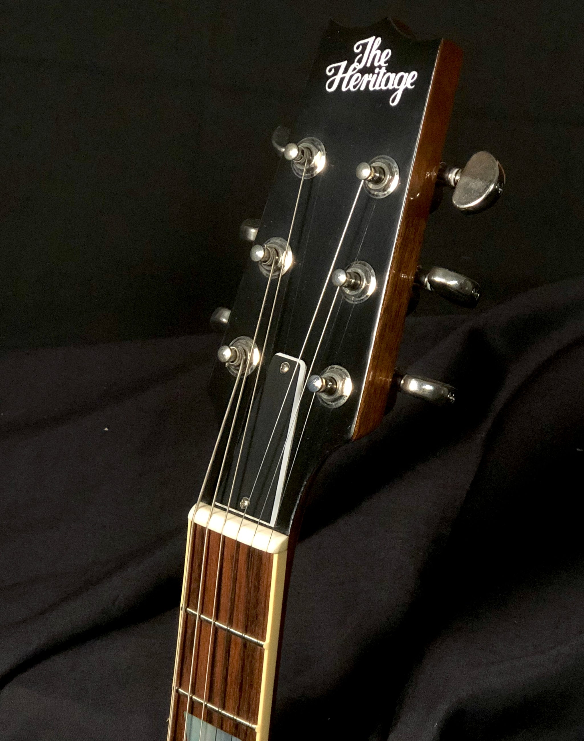 H150 Vintage Sunburst -  NEW! Old Stock