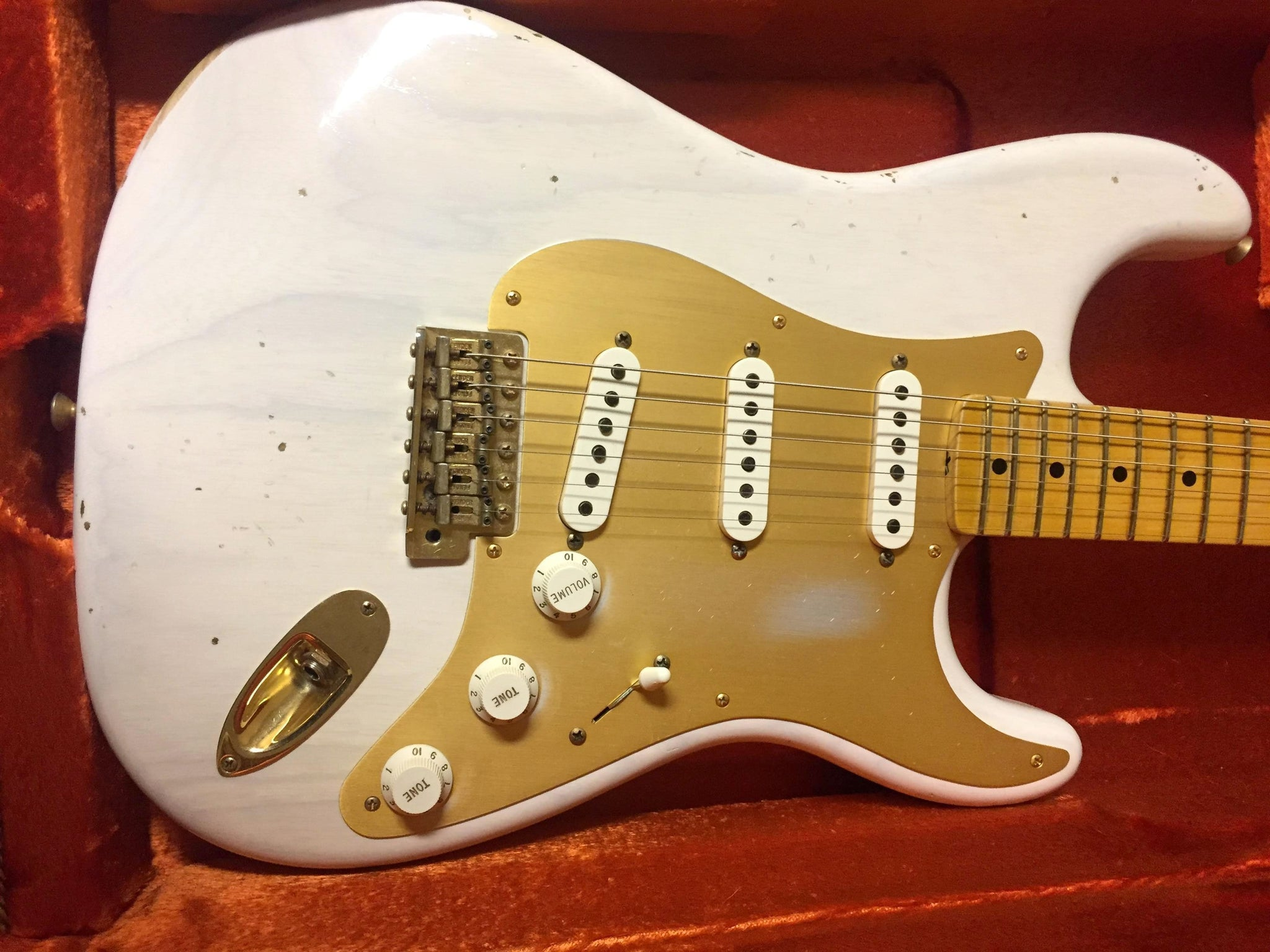 Custom Shop Vintage Reli'd White / Blonde Stratocaster with Anodized Pickguard - SOLD
