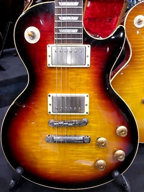 Gibson R9 Les Paul Limited Edition Sunburst with Black Back ****SOLD****