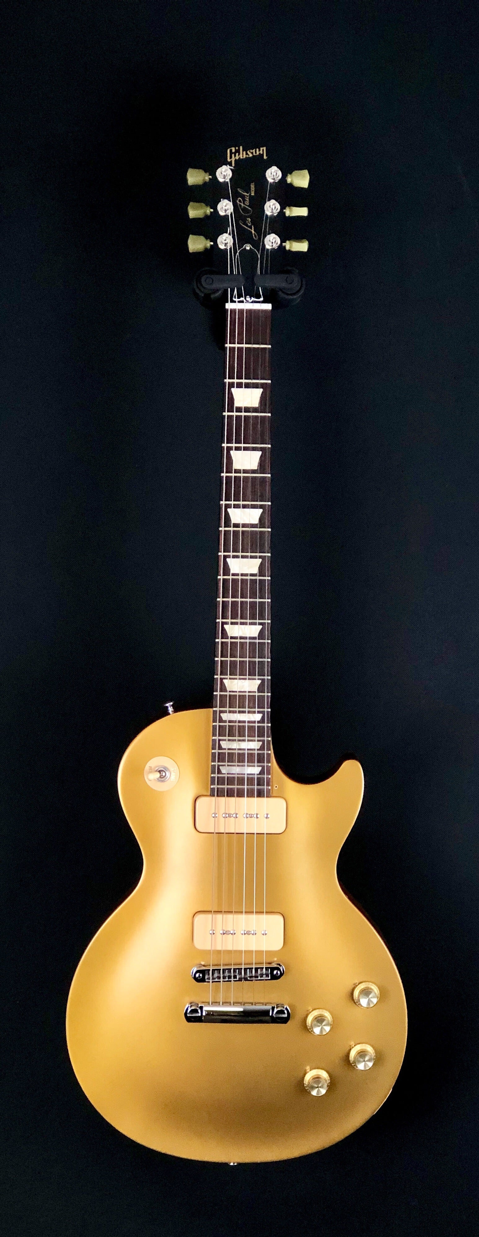 **** SOLD **** Gibson Les Paul Gold Top