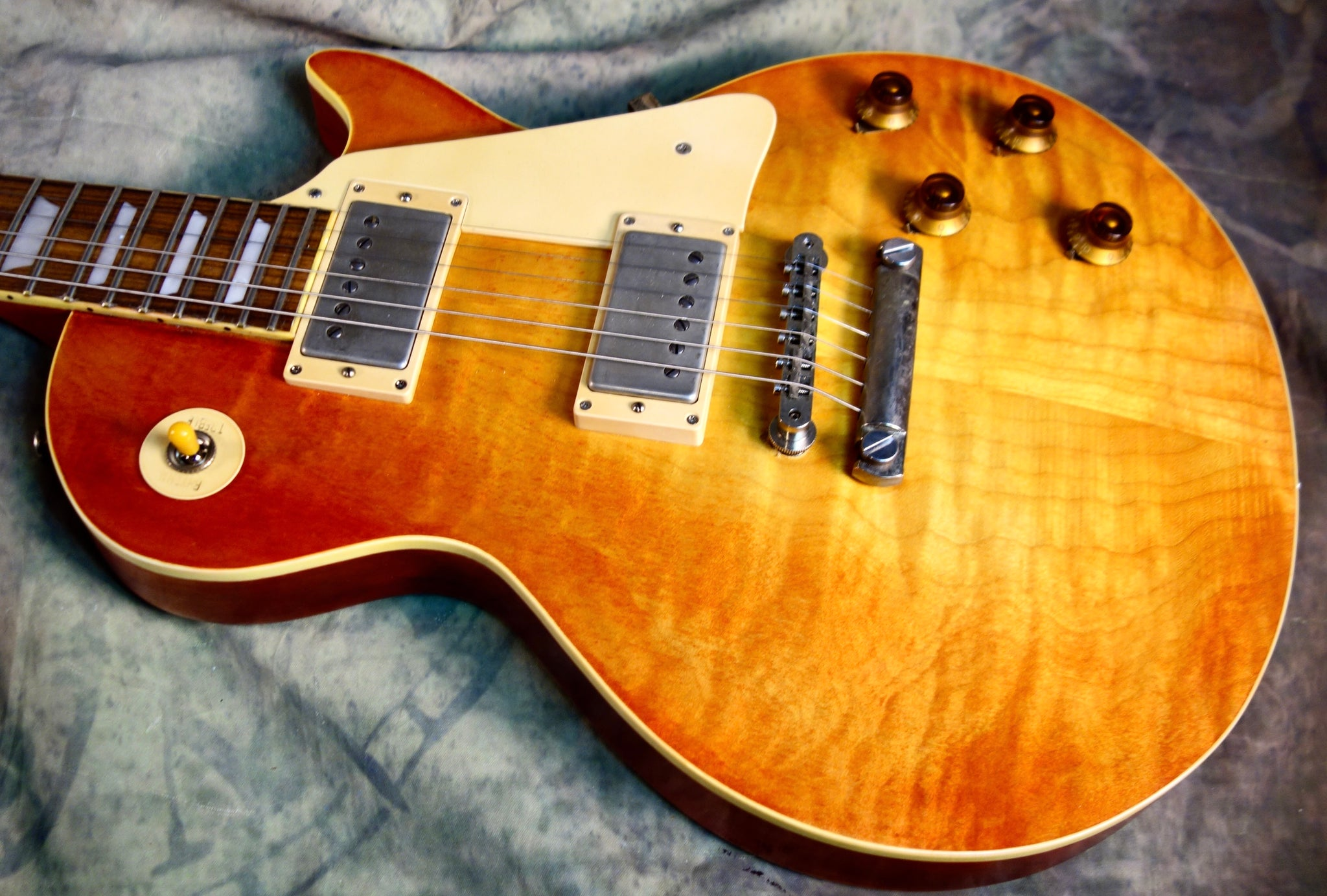 Jimmy Wallace LP Washed Cherry Sunburst