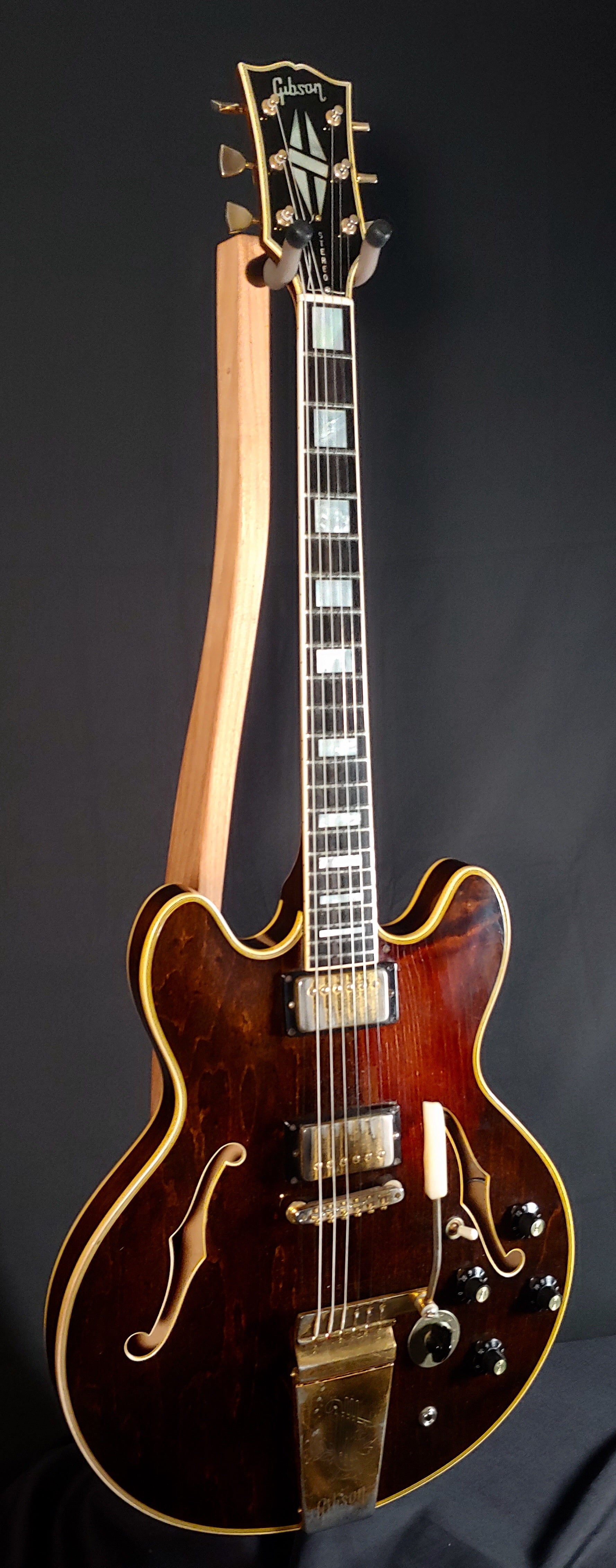 1975 Gibson ES 355 Stereo Beautiful Walnut Finish