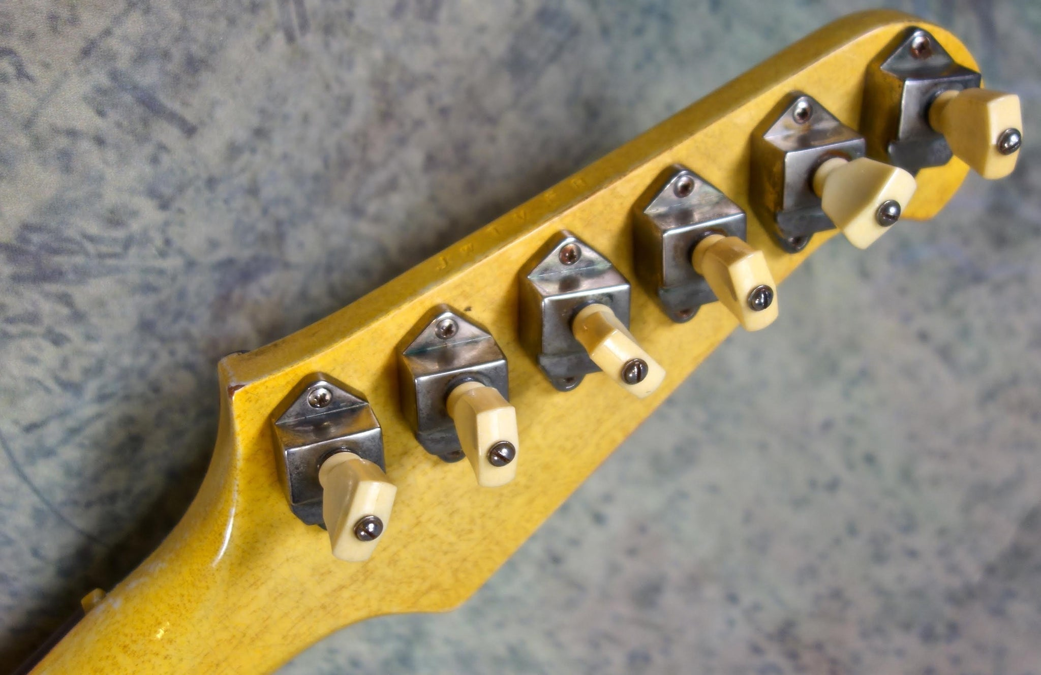 Jimmy Wallace Phoneix I Yellow - Matching Headstock!