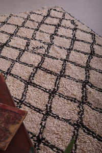 Moroccan Rug 6 ft x 10.2 ft