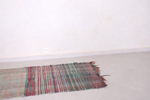 Moroccan rug 2.8 FT X 6.8 FT