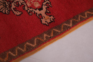 Small Moroccan rug 2.4 FT X 3.7 FT