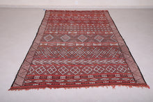 Moroccan rug 5.6 FT X 9.6 FT