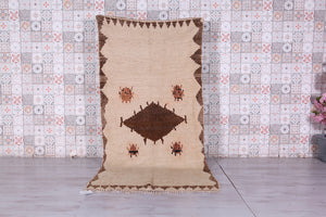 Runner berber rug 4ft x 8.1ft