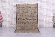 "Handwoven rug, 5'2"" x 7'8"" : Authentic Berber kilim"