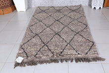 Moroccan gray rug, 4.1ft x 6.9ft