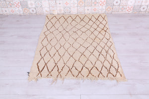 Moroccan rug, 3.7 FT X 4.9 FT