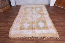 Moroccan rug 5.4 ft x 9.3 ft