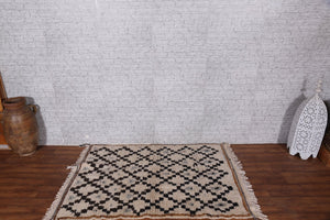 moroccan rug,  3.4 ft x 5.2 ft