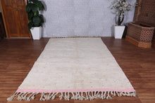 Hand knotted all wool rug, 6.2 ft x 9.8 ft