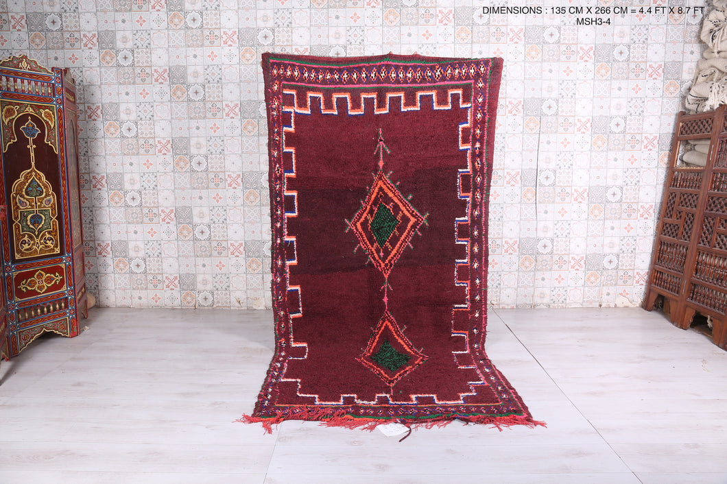 Red moroccan rug, 4.4 FT X 8.7 FT