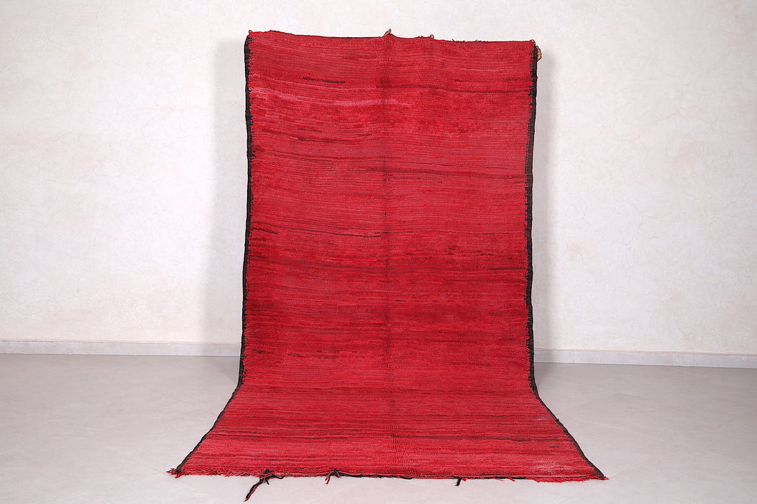Large rug red, 5 FT X 10.2 FT