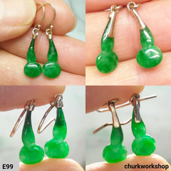 Small green jade dangling earrings